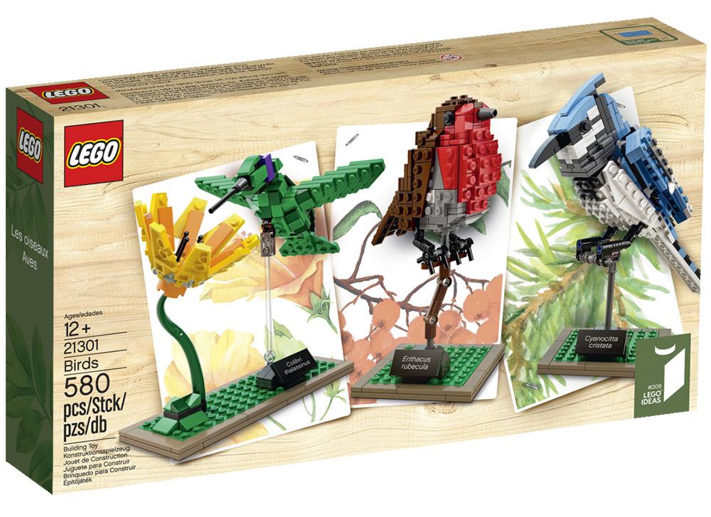 LEGO birds by Thomas Paulsom